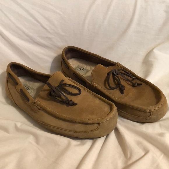 9224ad02c92e Mens UGG Chester loafer size 11 chestnut. M 5b672e4abf77295acb7a3427